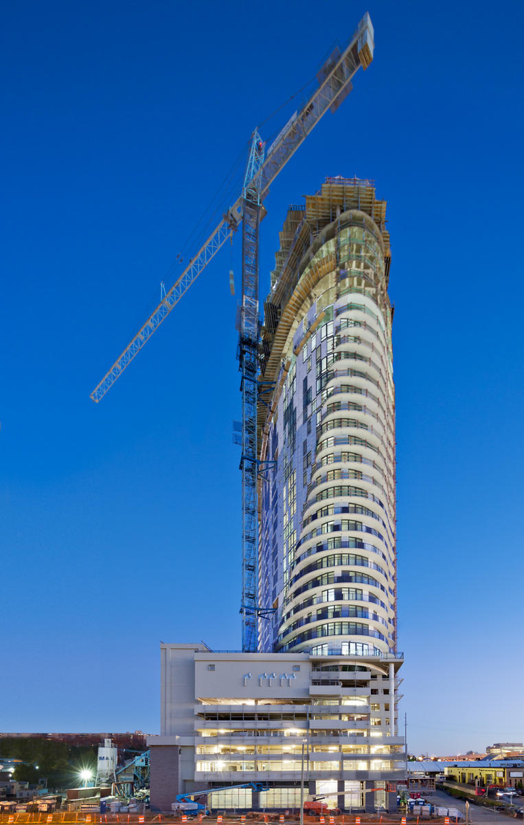 Project: The Adaire  |  Construction: Moriarty  |  Architect: R2L:Architects  |  Developer: Greystar
